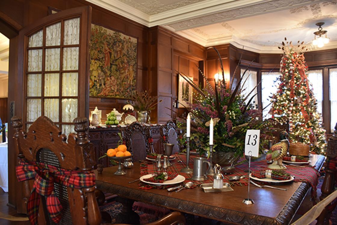 Cranbrook House Dining Room - Holiday Splendor 2017