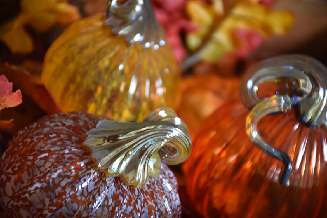 Cranbrook Gift Shop - Glass Pumpkin