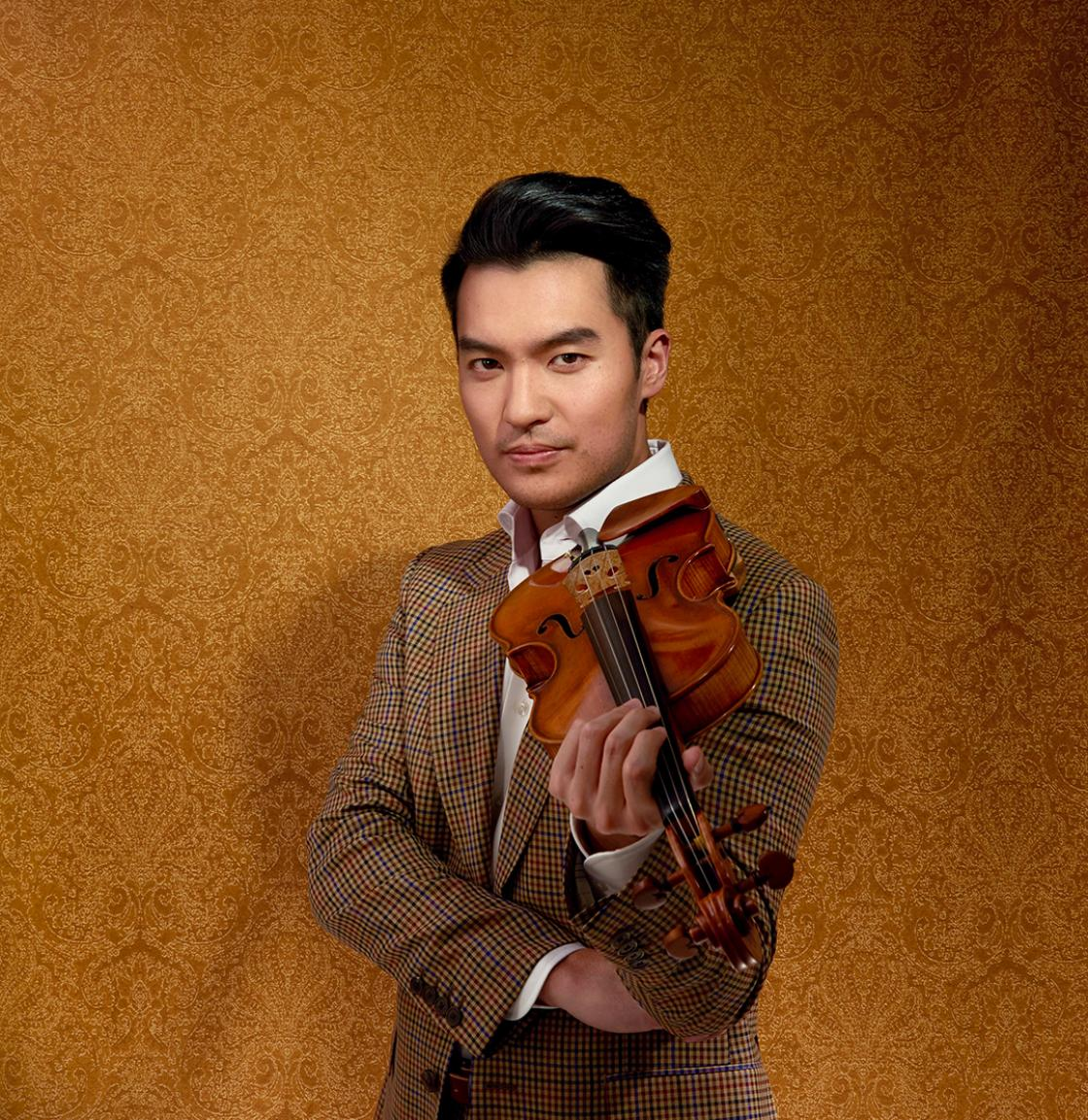 Photograph of violinist Ray Chen, June 2018. Photograph by John Mac.